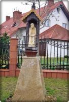 Figurka Chrystusa Frasobliwego w Górnie; fot. R. Tomczak