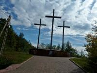 """Huta Szklana- pomnik Ofiar Katynia, Charkowa i Miednoje., nazywany """"Golgotą Wschodu"""""""