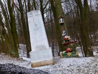 Gruchawka- obelisk upamietniający walki AK podczas II wojny światowej