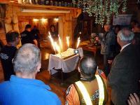 """Klub """"Cyklista""""- obchodził 5- te urodziny- właśnie wjeżdża tort urodzinowy"""